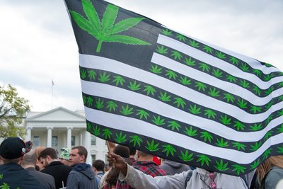 usa marijuana legalization flag