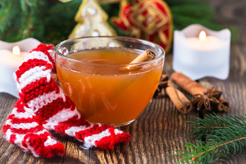 hot winter cider for cold weather