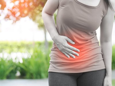 abdominal pain from cannabis