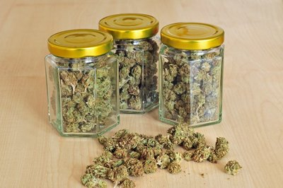 store weed in glass jars