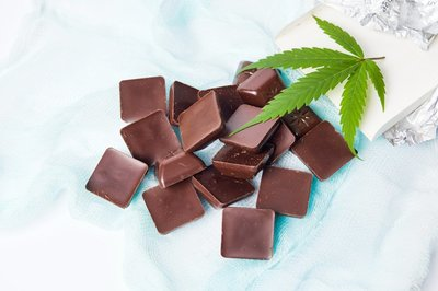 marijuana infused chocolate bar edible