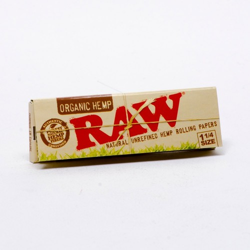 Raw Organic 1 1/4 Rolling Papers image